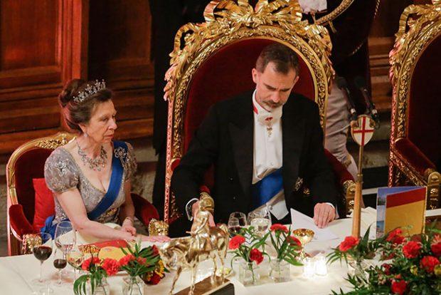 El rey Felipe y la princesa Anna