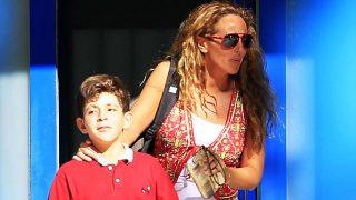 Rocío Carrasco junto a su hijo David Flores en una imagen de archivo / Gtres
