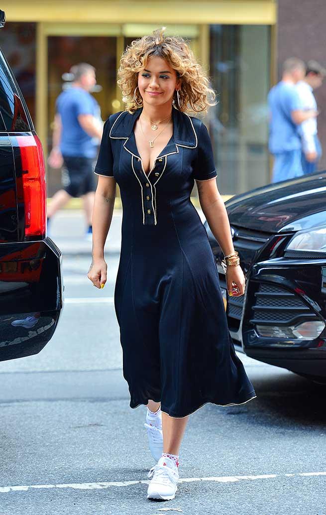 Jennifer López Rita Ora Looks