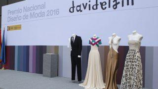 Homenaje en el Museo del Traje de Madrid al diseñador David Delfín. / Gtres