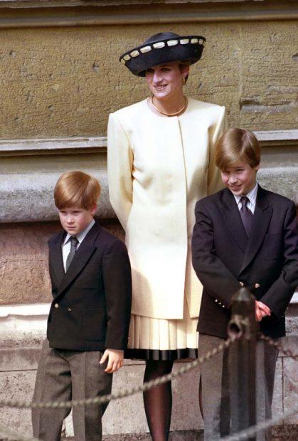 Diana de Gales con sus hijos los príncipes Guillermo y Enrique