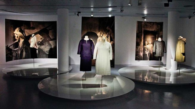 El Museo Balenciaga acoge las creaciones de artistas locales emergentes