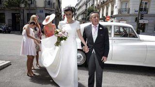 Blanca Moreno a su llegada a la iglesia /Gtres