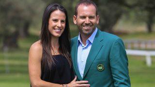 El golfista Sergio García y su reciente esposa Ángela Akin en una imagen de archivo /Gtres