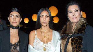 Kris Jenner y dos de sus hijas / Gtres