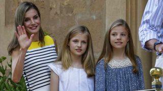 La reina Letizia durante el posado en Palma / Gtres