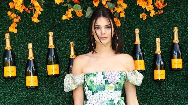 Vas a querer quitarte el sujetador después de ver el último look de Kendall Jenner