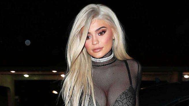 ¿Se ha operado el pecho Kylie Jenner?