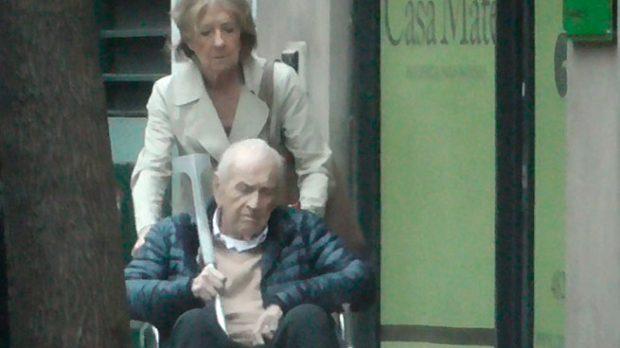 Visita exprés de Máxima Zorreguieta para ver a su padre, en estado crítico