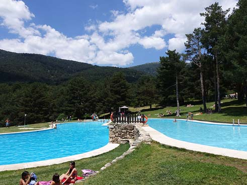 Planes madrid verano 2017 piscinas naturales que parecen for Piscina natural cercedilla