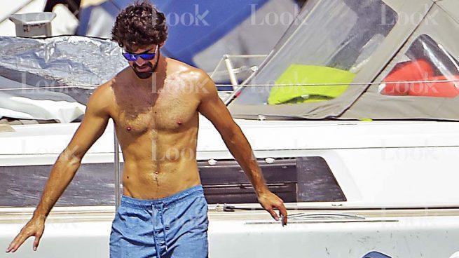 Miguel Ángel Muñoz luce cuerpazo en Ibiza