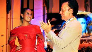 El torero José Ortega Cano aplaude a su hija Gloria Camila / Gtres