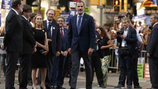 El rey Felipe VI a su llegada a la manifestación /Gtres
