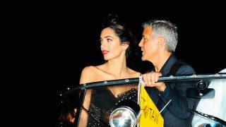 Amal Clooney en su llegada a Venecia. / Gtres