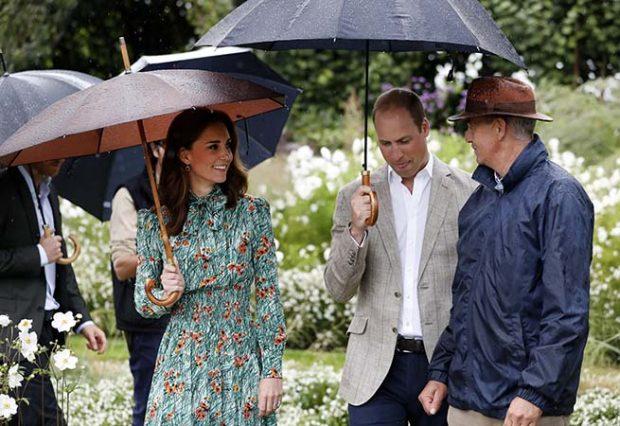 ¿Por qué la reina Isabel está 'molesta' con Kate Middleton?