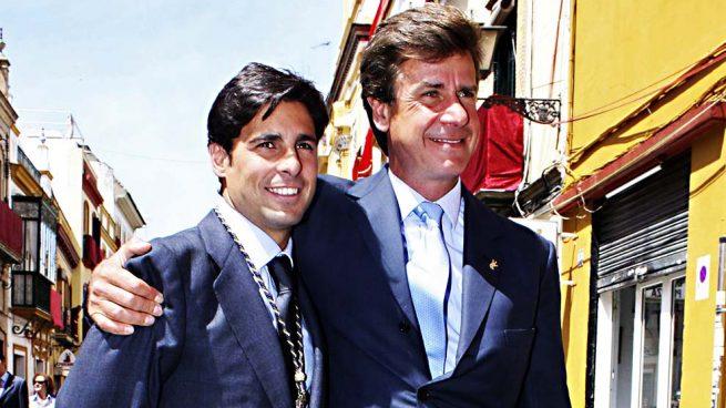 La retirada de Francisco Rivera hace posible la reconciliación con Cayetano Martínez de Irujo