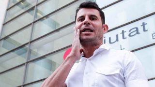 GALERÍA: Javier Sánchez a su salida de los juzgados de Valencia tras interponer la demanda de paternidad contra Julio Iglesias / Gtres