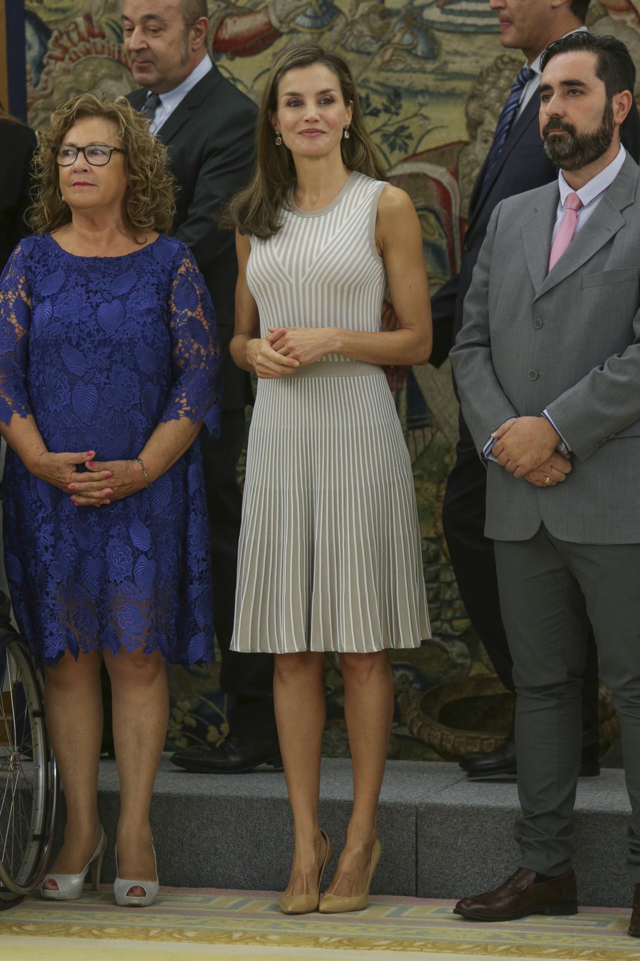 Reina Letizia Look Hugo Boss Sobrio