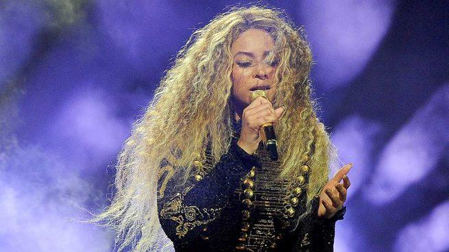 La extraña y viral faja de Beyoncé
