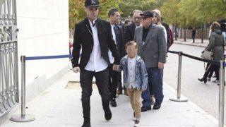 Su sobrino Fonsi Nieto y su hijo Lucas /Gtres