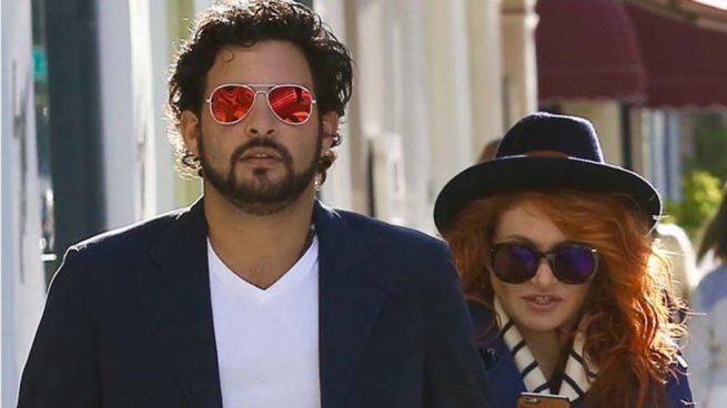 Paulina Rubio y Gerardo Bazúa demandados por agredir a un paparazzi