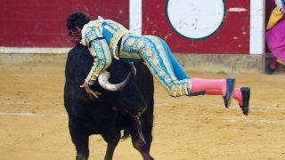 Cayetano ha permanecido ingresado en el Hospital Quirónsalud Zaragoza / Gtres