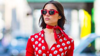 Olivia Culpo con un look total red en Nueva York / Gtres