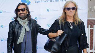 GALERÍA: Antonio Carmona recibe el alta acompañado por su mujer Mariola Orellana / Gtres