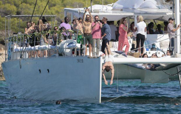 En aguas pitiusas: Todos los detalles de la boda de Michael Fassbender y Alicia Vikander