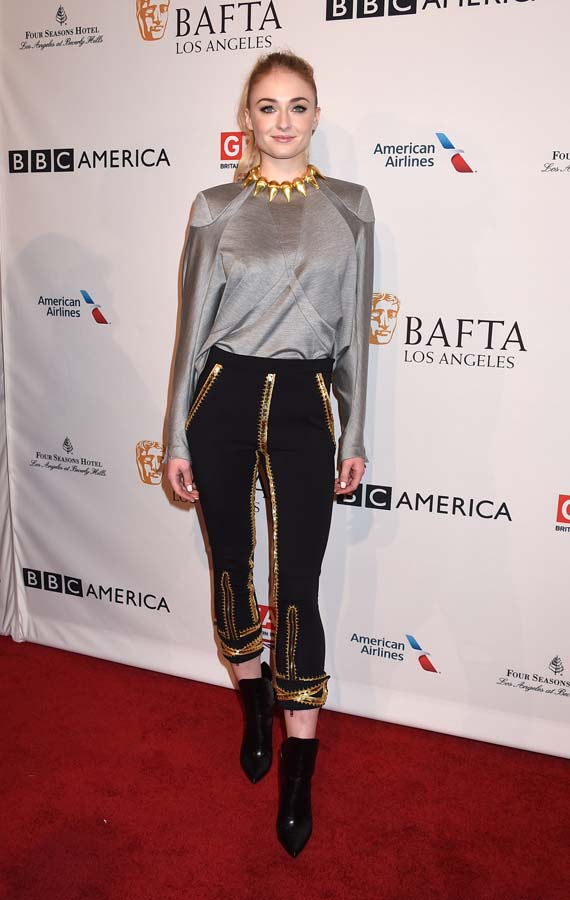 Sophie Turner Rose Leslie Estilo Moda Juego de Tronos Mejores Looks