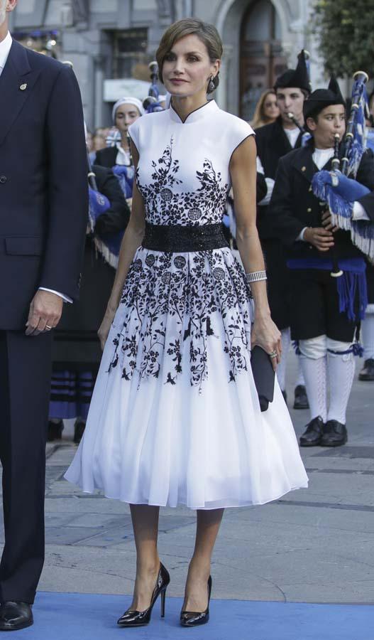 Letizia Premios Princesa Asturias Felipe Varela Vestido Blanco