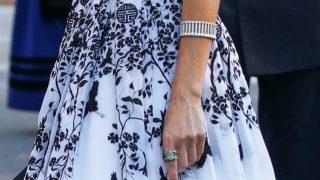 GALERÍA: Así es el anillo que ha cautivado a la Reina / Gtres