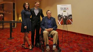 George H.W. Bush con Heather Lind / Gtres