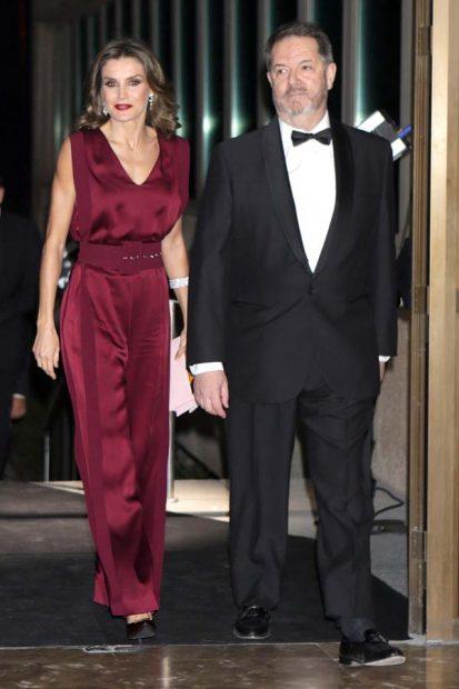 La Reina entrega por primera vez en solitario los Premios Mariano de Cavia