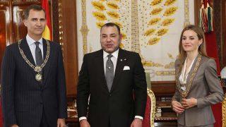 Los Reyes con Mohammed VI en su visita al país en 2014 / Gtres