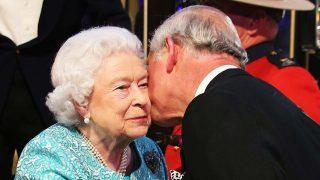 La reina Isabel y su hijo, el príncipe Carlos / Gtres