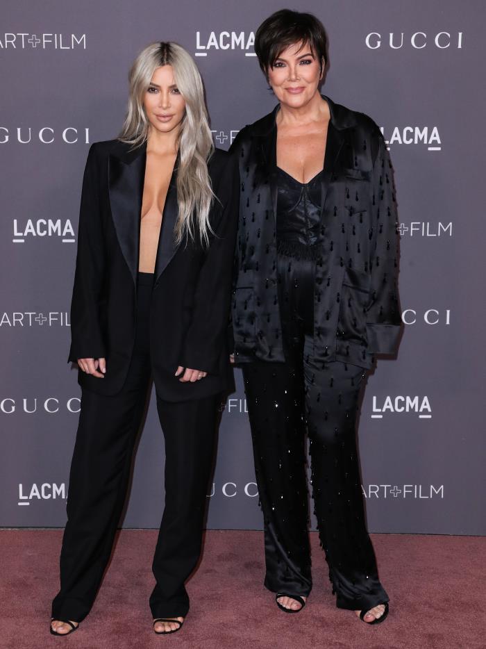 El esmoquin sin camisa (ni sujetador) de Kim Kardashian y otros lookazos de la gala LACMA