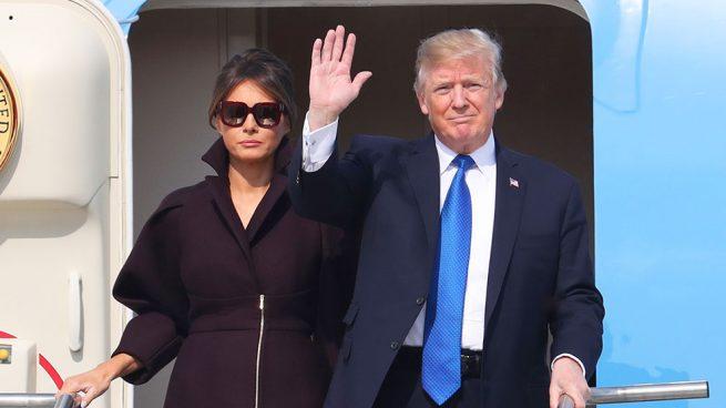 Melania Trump abrigo Delpozo corea del sur