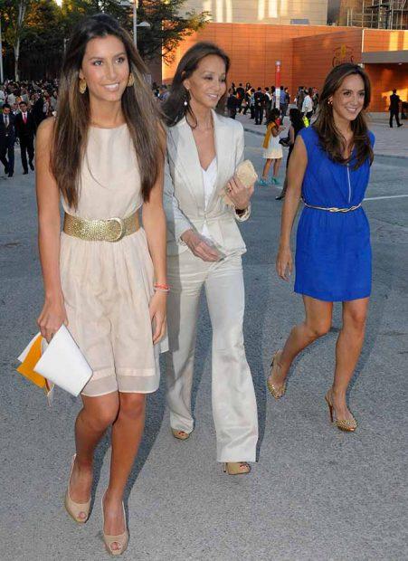Isabel Preysler junto a sus hijas Ana Boyer y Tamara Falcó
