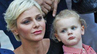 Charlene de Mónaco y su hija Gabriella / Gtres