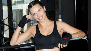 Adriana Lima se pone en forma gracias al boxeo / Gtres