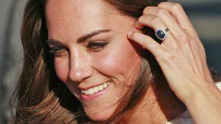 Kate Middleton con la sortija de Diana / Gtres