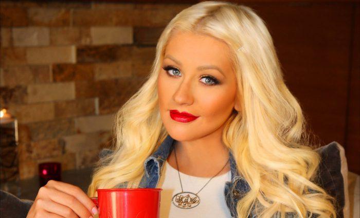 Christina Aguilera, irreconocible sin maquillaje, se convierte en fenómeno viral
