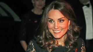 Kate Middleton en un acto oficial en el Palacio de Kensington / Gtres