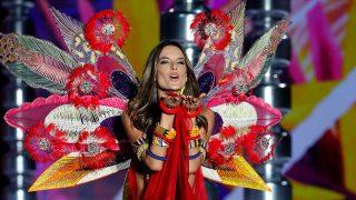GALERÍA. Los mejores momentos de Alessandra Ambrosio con Victoria's Secret / Gtres