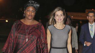 La Reina a su llegada a Dakar / Gtres