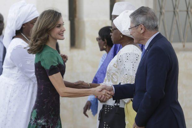 Doña Letizia prescinde del 'pinganillo' y muestra su dominio del francés