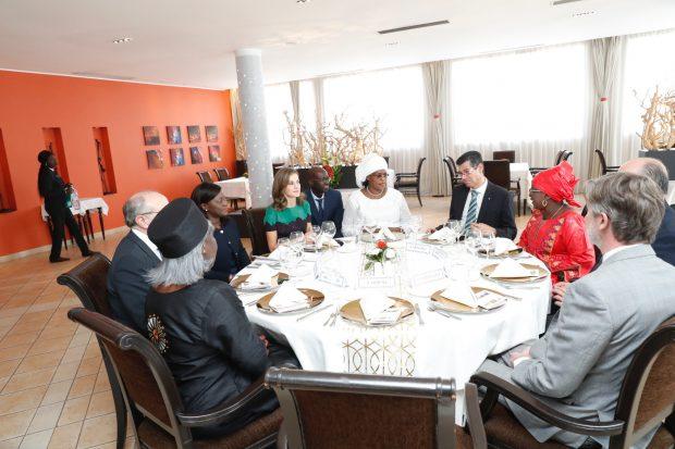 El menú de la Reina durante su almuerzo con Marieme Faye en Dakar