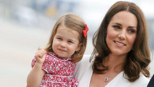 ¿Por qué la princesa Charlotte podría convertirse en la sucesora de Lady Di?