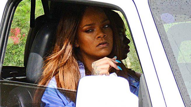 Rihanna destrozada tras el asesinato de su primo en Barbados